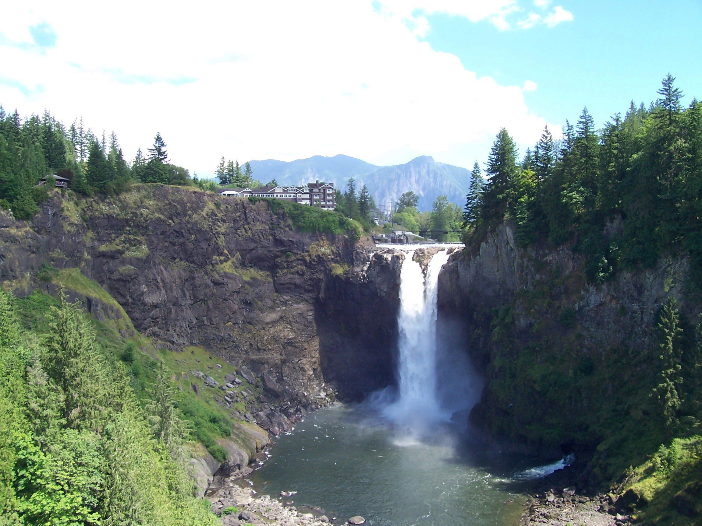 Snoqualmie Falls with Mount Si